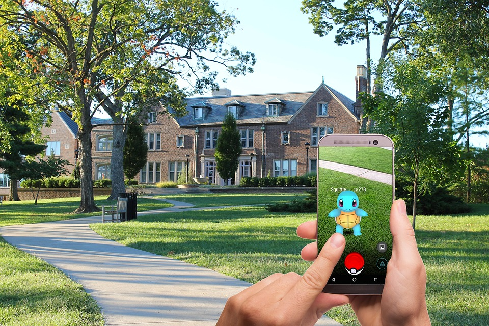 AR-mobile-gaming